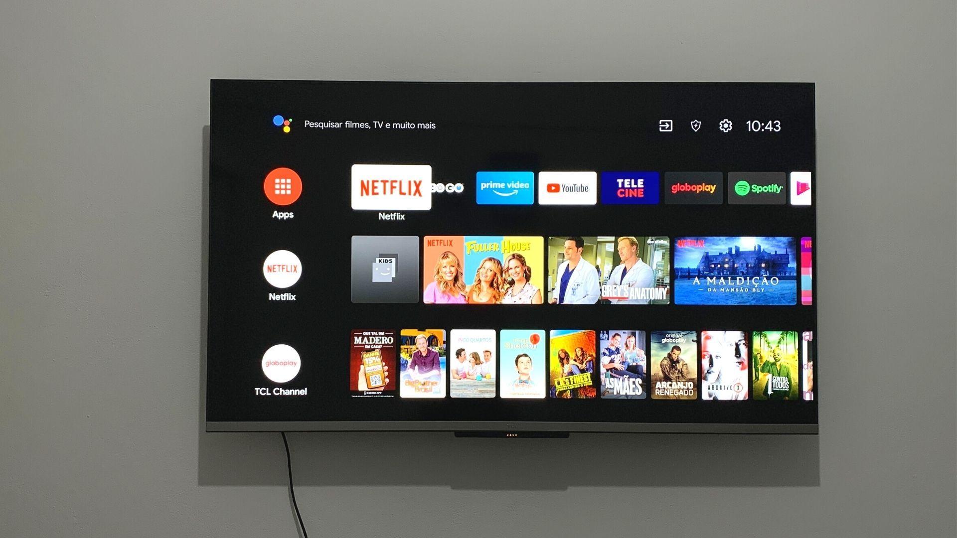 Sistema operacional Android TV é intuitivo e inteligente. (Imagem: Yulli Dias/Zoom)