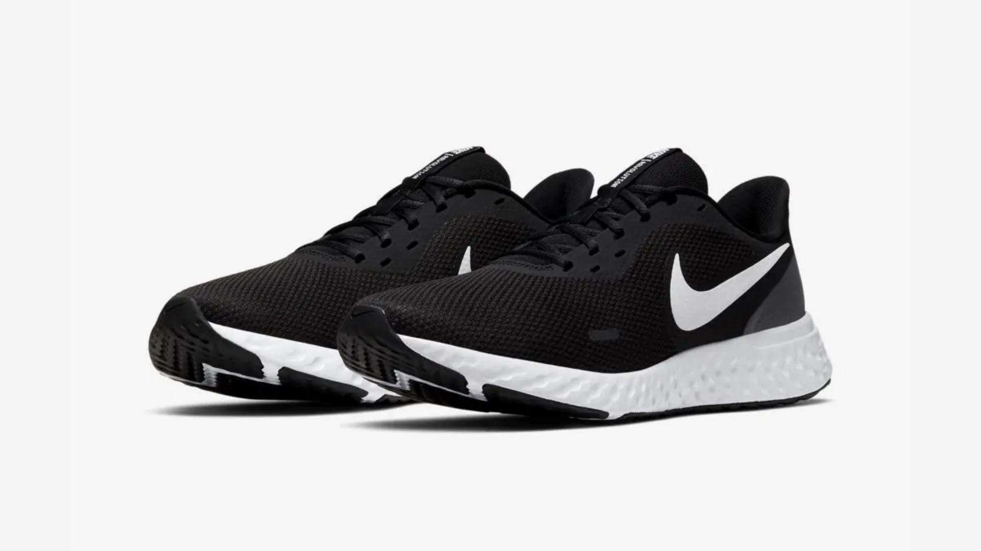 O Nike Revolution 5 é um tênis para pisada neutra (Imagem: Divulgação/Nike)