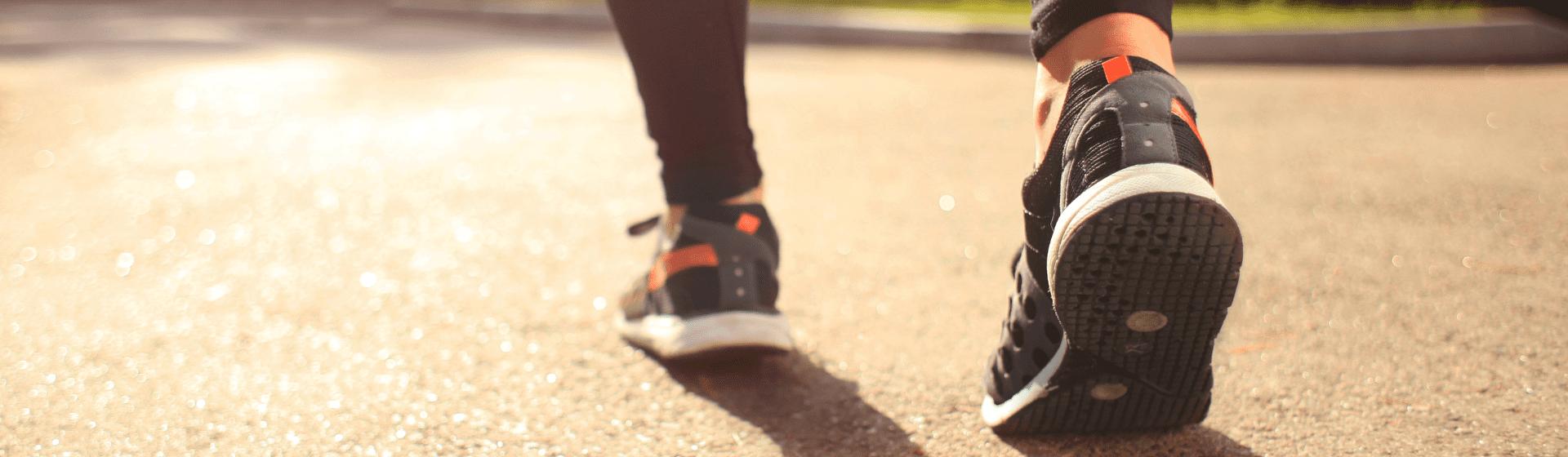 Tênis para caminhada na Black Friday 2020: 8 modelos que podem entrar com desconto