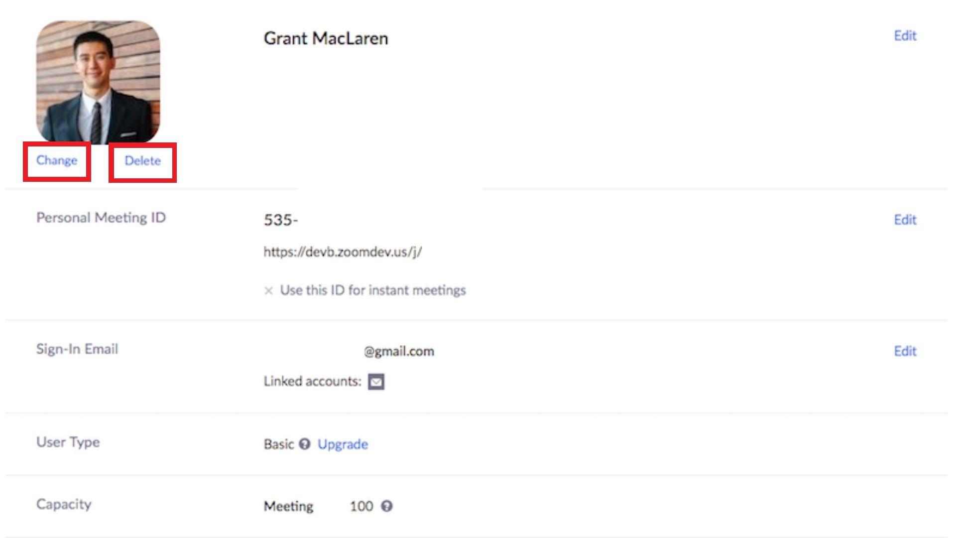 """Ao acessar seu perfil, basta clicar em """"Alterar"""" ou """"Excluir"""" embaixo do lugar da foto para trocar (Foto: Zoom Meetings)"""
