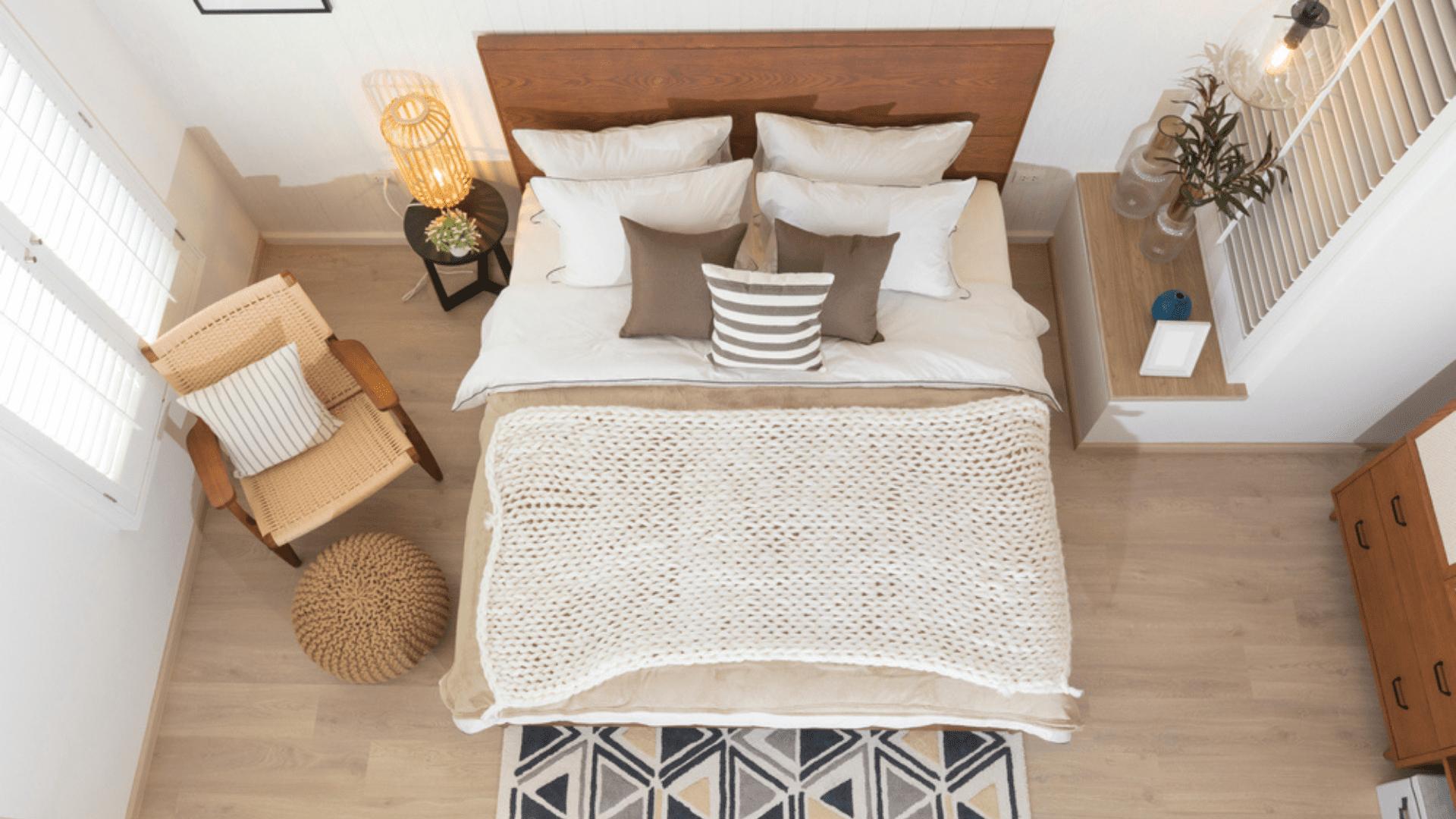 Veja as nossas dicas sobre como decorar um quarto pequeno! (Imagem: Reprodução/Shutterstock)