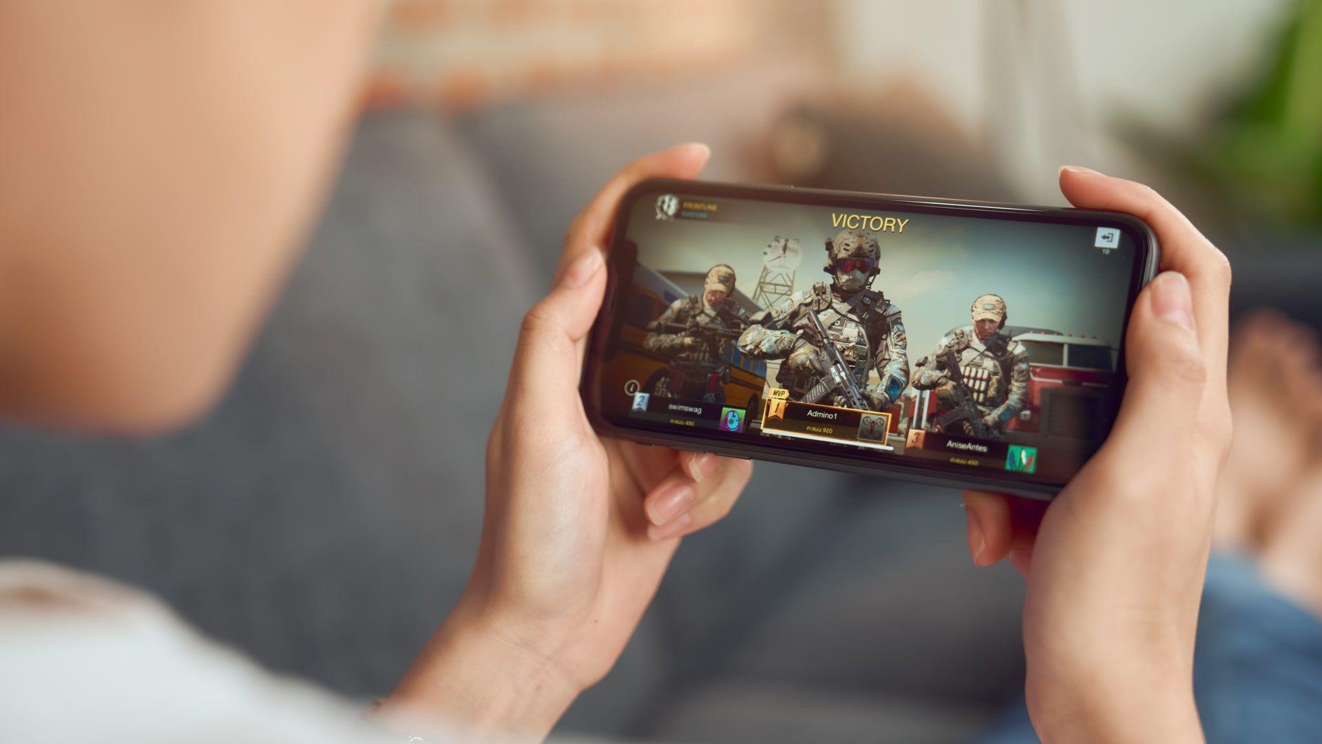 Call of Duty Mobile é um dos melhores jogos online no estilo FPS para celular (Foto: Shutterstock)