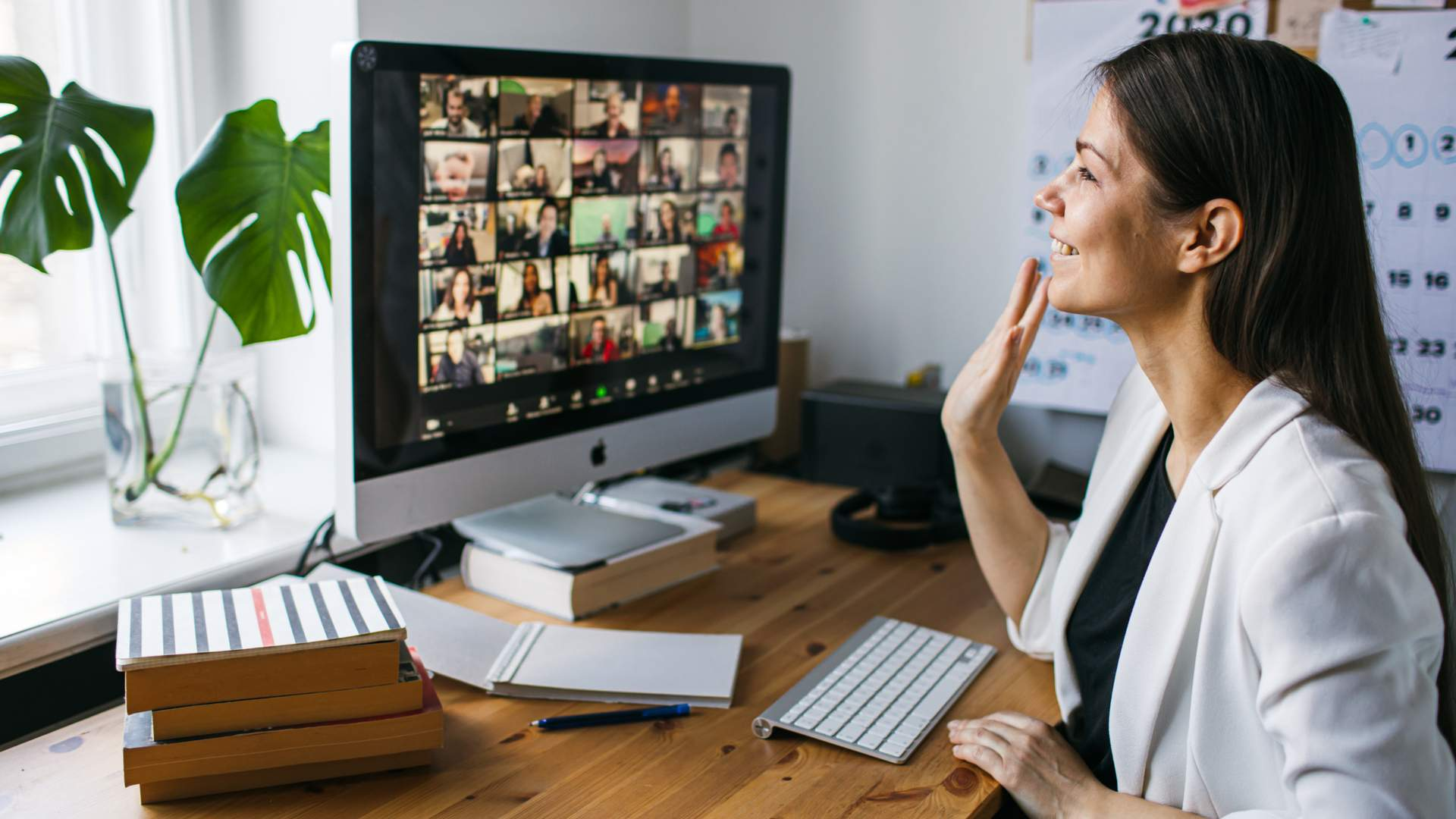 O Zoom Meetings, na sua versão gratuita, permite reuniões de até 100 pessoas por no máximo 40 minutos (Foto: Shutterstock)