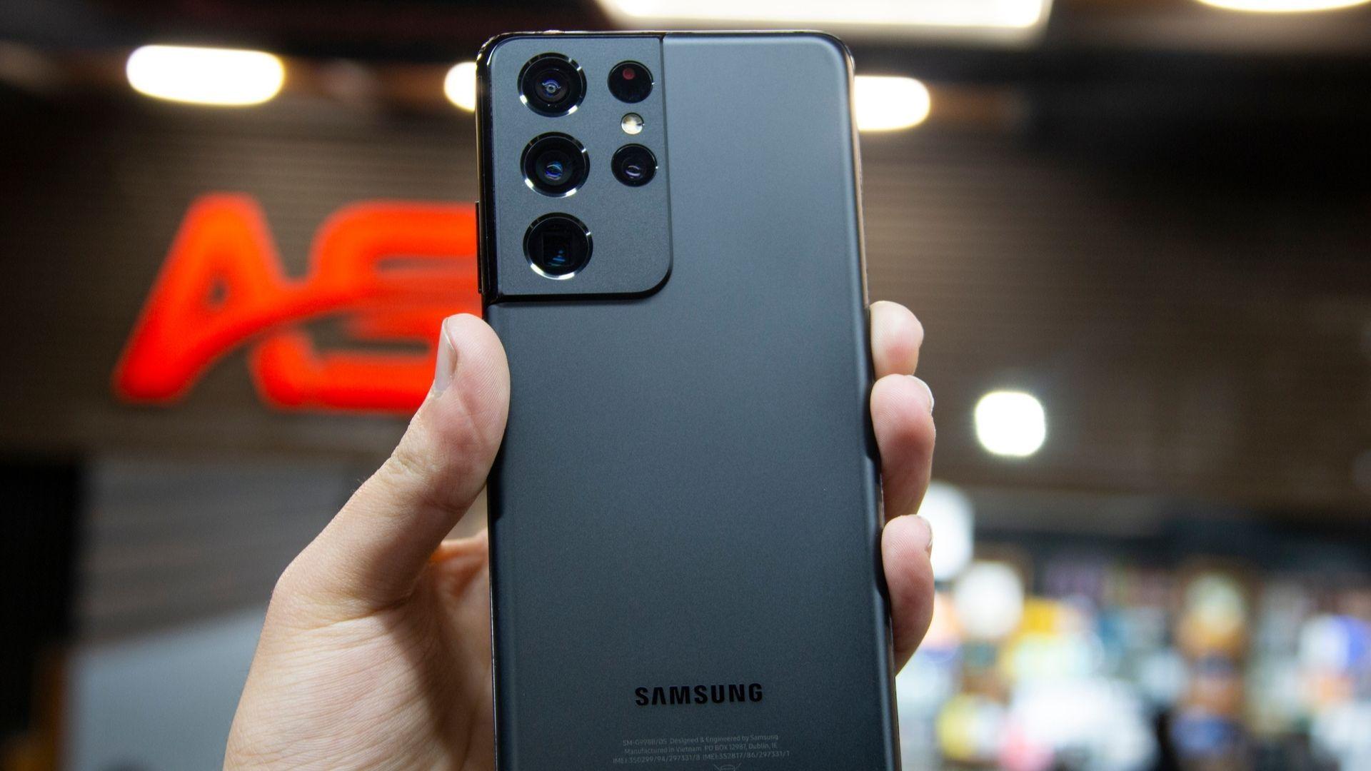 A Linha S é a principal linha da Samsung. Shutterstock.