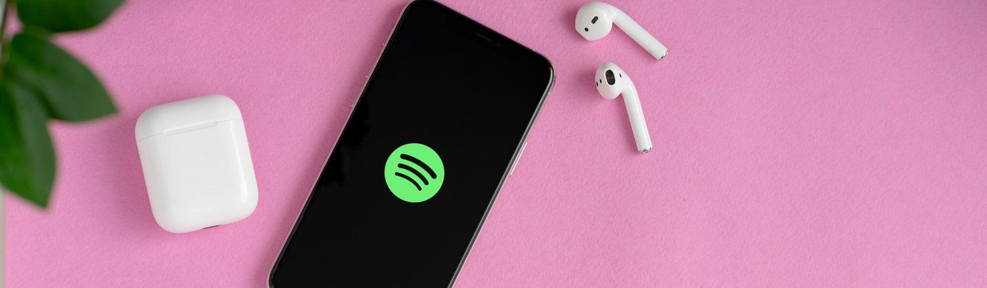 Como baixar músicas no Spotify?
