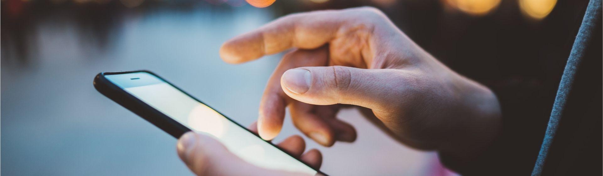 Como colocar crédito no celular: veja passo a passo na Claro, Oi, Tim e Vivo