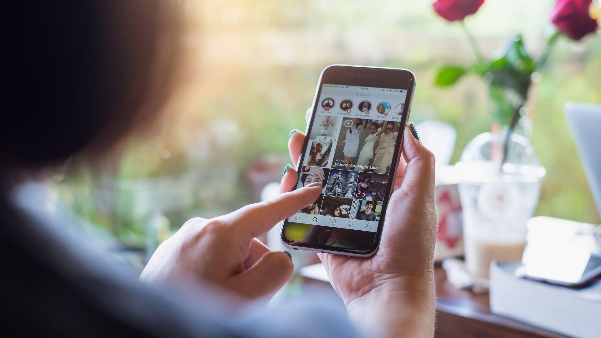 Como compartilhar stories no Instagram usando aplicativos? (Foto: Worawee Meepian / Shutterstock.com)