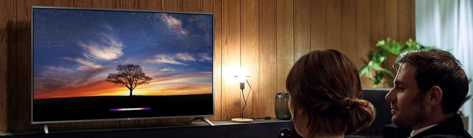 """Smart TV LG UM7510PSB 50"""" vs UM761C0SB 55"""": qual a melhor dessas duas TVs 4K LG?"""