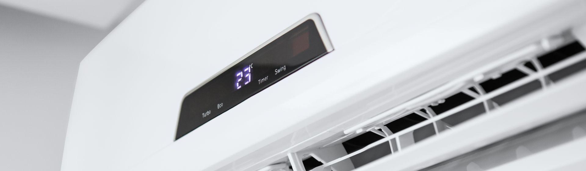 Ar-condicionado Electrolux Ecoturbo Split 12000 BTUs vale a pena? Veja a análise de ficha técnica do modelo