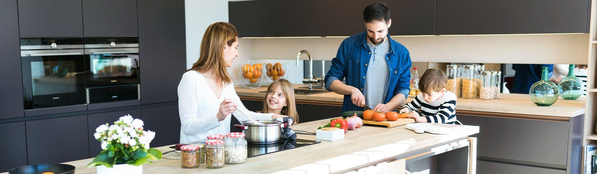 Geladeira, fogão, cooktop, forno elétrico... 5 itens até 2000 reais para você reformar a sua cozinha