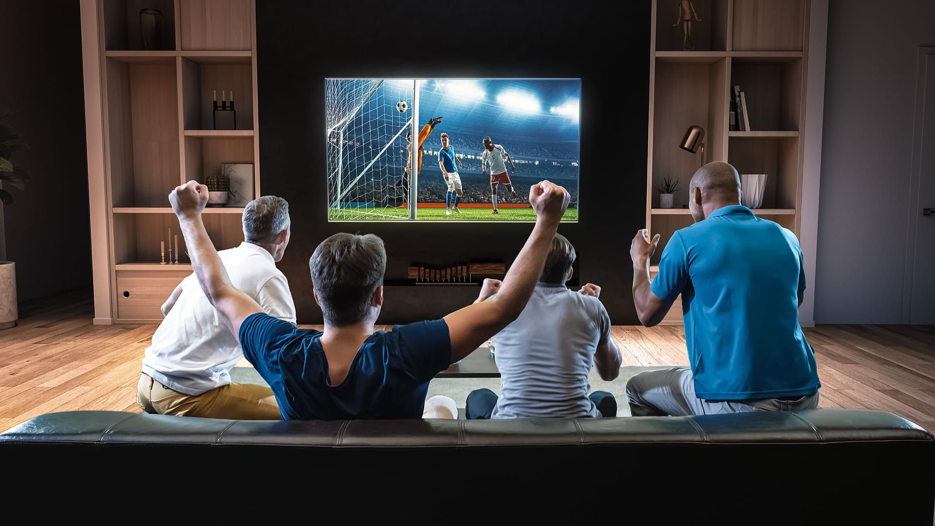 Saiba o que analisar em um aparelho se você ama assistir futebol na TV. (Imagem: Reprodução/Shutterstock)