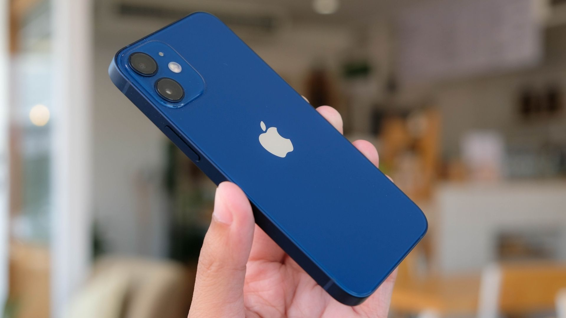 iPhone 12 Mini. | Foto: Shutterstock