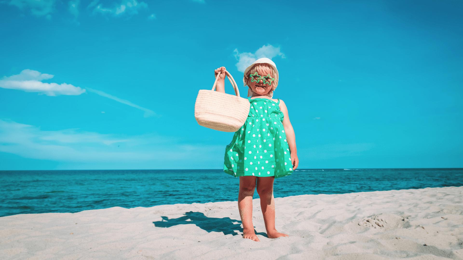 Veja o que levar para viajar com o bebê! (Imagem: Reprodução/Shutterstock)