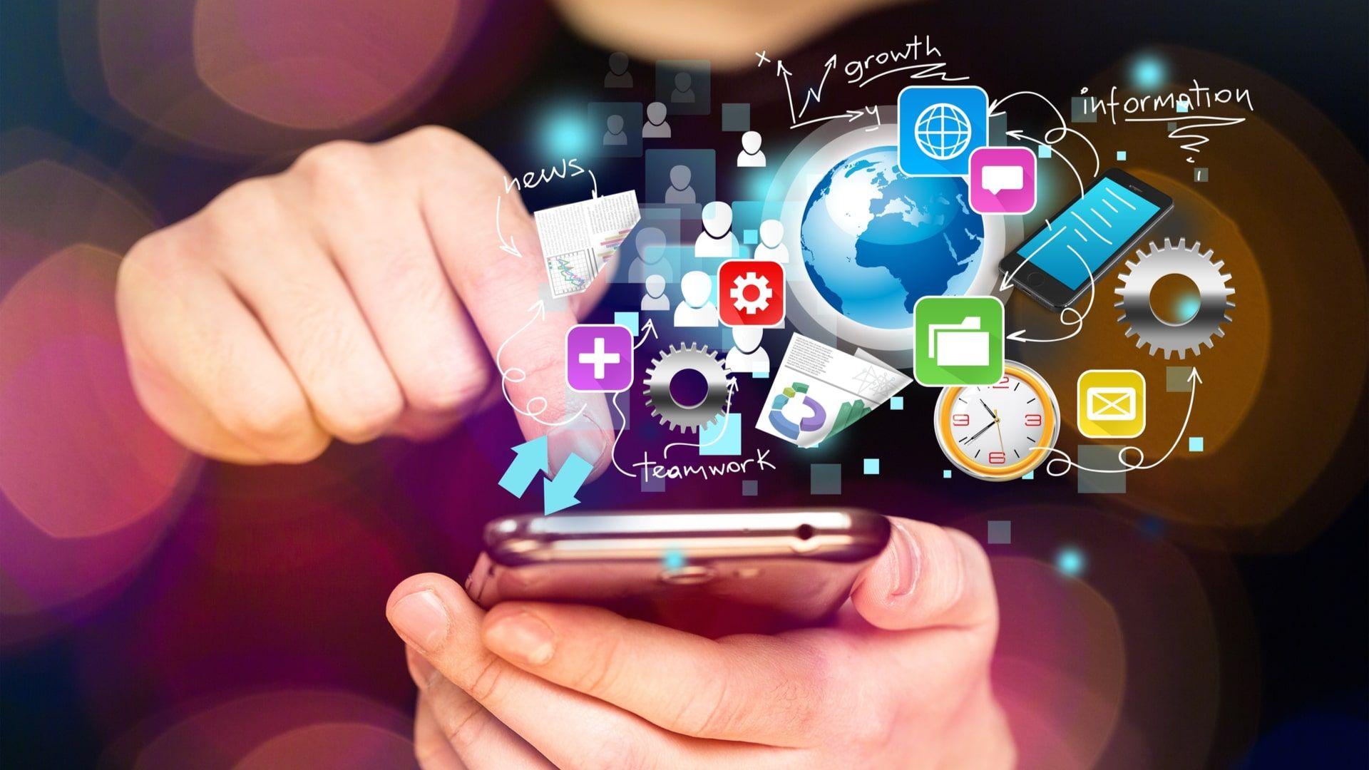 Memória RAM é responsável por carregar blocos de arquivos para executar ações no celular (Foto: Shutterstock)