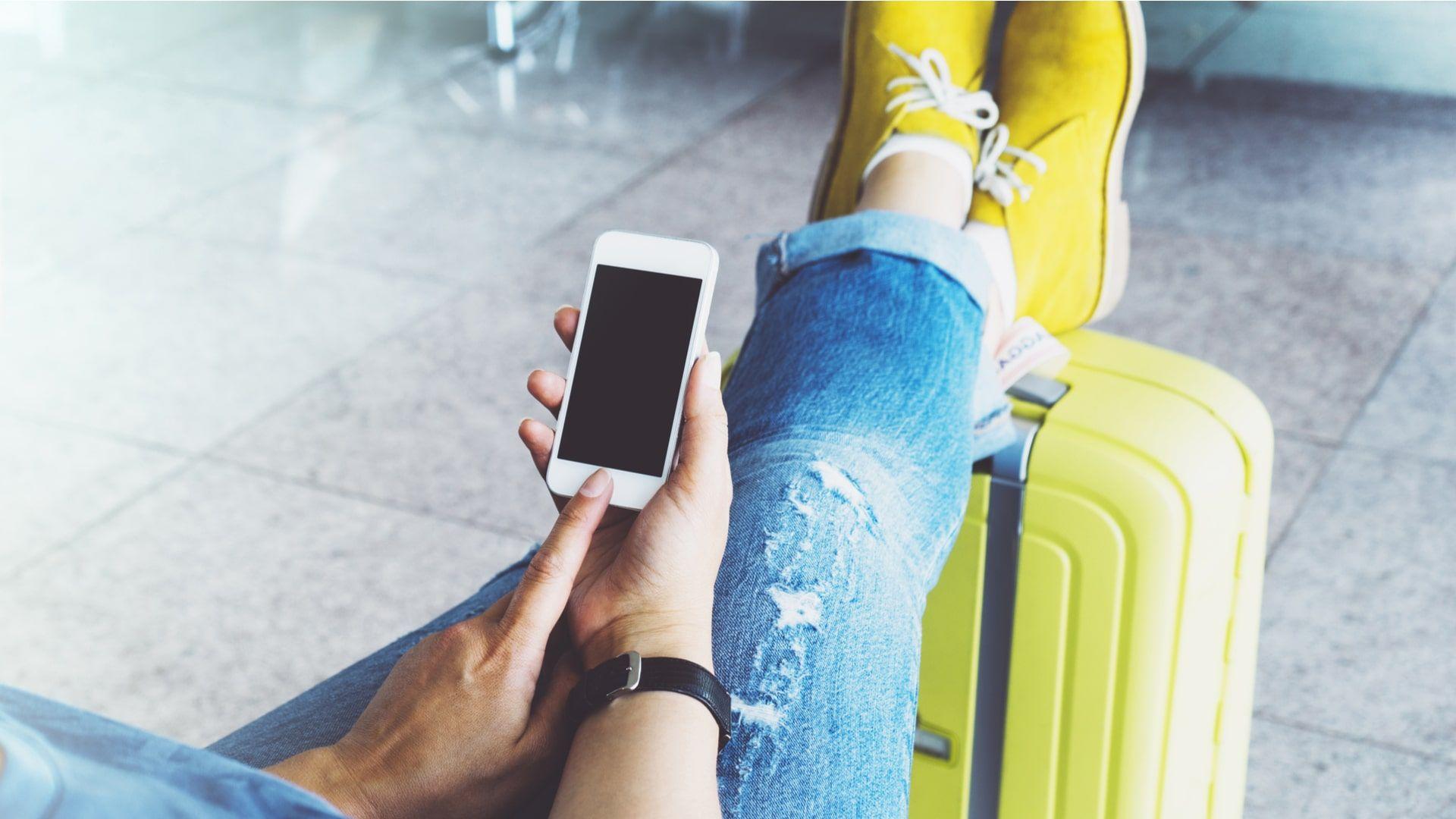 Antes de viajar, verifique como funciona o roaming com sua operadora (Foto: Shutterstock)