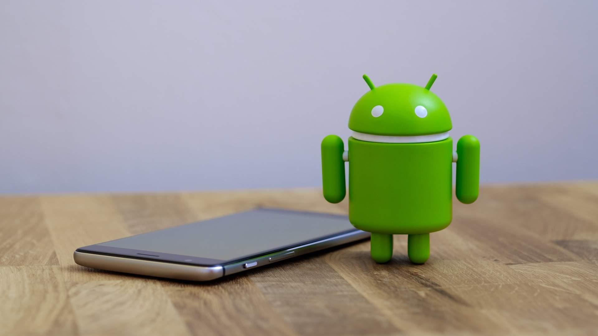 O sistema operacional Android é muito comum em celulares (Fonte: quietbits / Shutterstock.com)