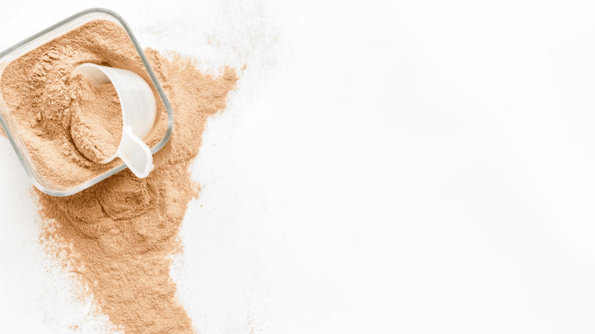 A creatina é um suplemento para engordar (Imagem: Reprodução/Shutterstock)