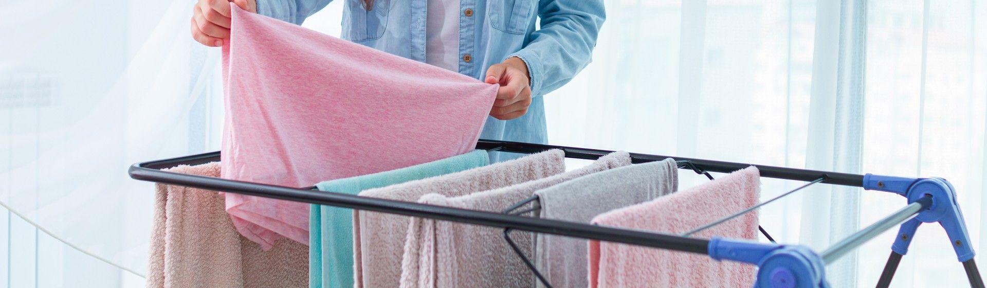 Como secar roupa rápido? 4 dicas para diminuir o tempo de secagem
