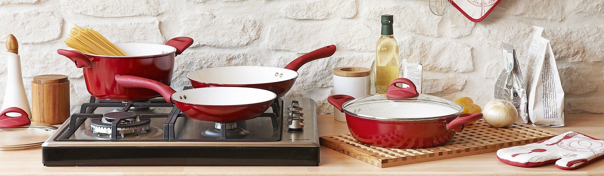 Como montar uma cozinha vermelha: 6 produtos super estilosos