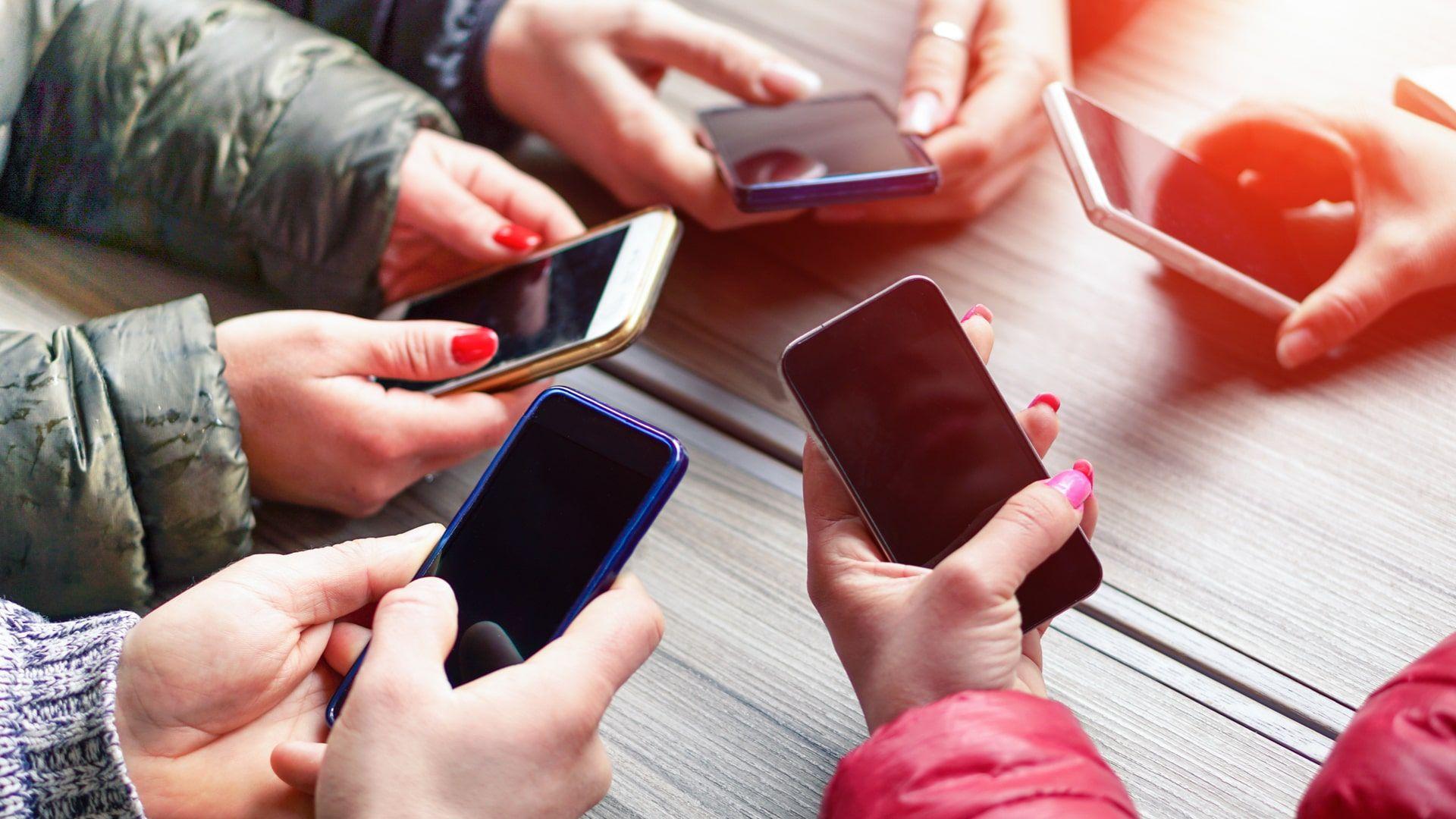 Conheça as diferentes categorias de celular antes de comprar o seu (Foto: Shutterstock)
