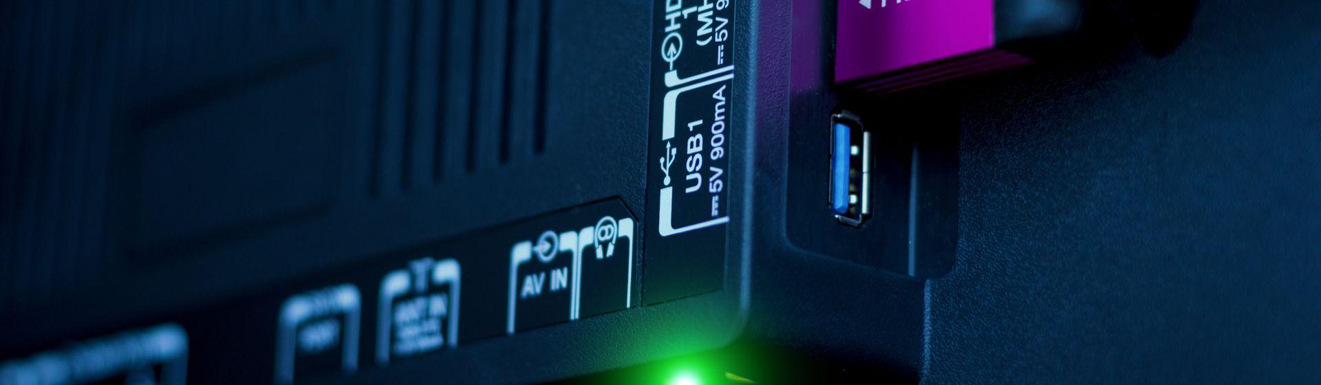 Como usar o USB na TV?