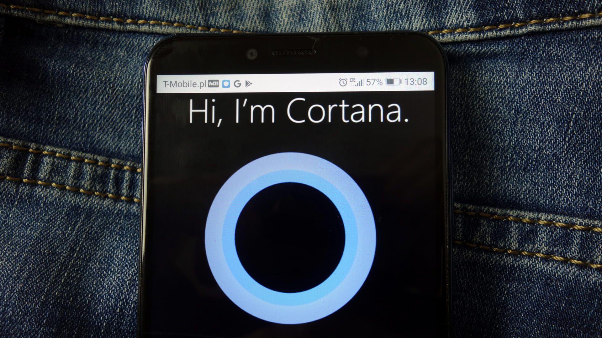 A Cortana foi lançada para Windows Phone 8.1 em 2015 (Fonte: Shutterstock)