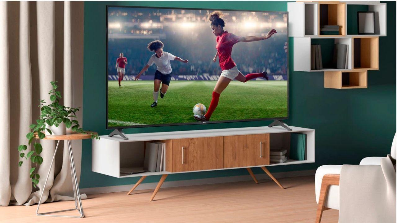 Atualizar sua TV LG antiga é importante para o bom funcionamento dela (Foto: Reprodução/LG)