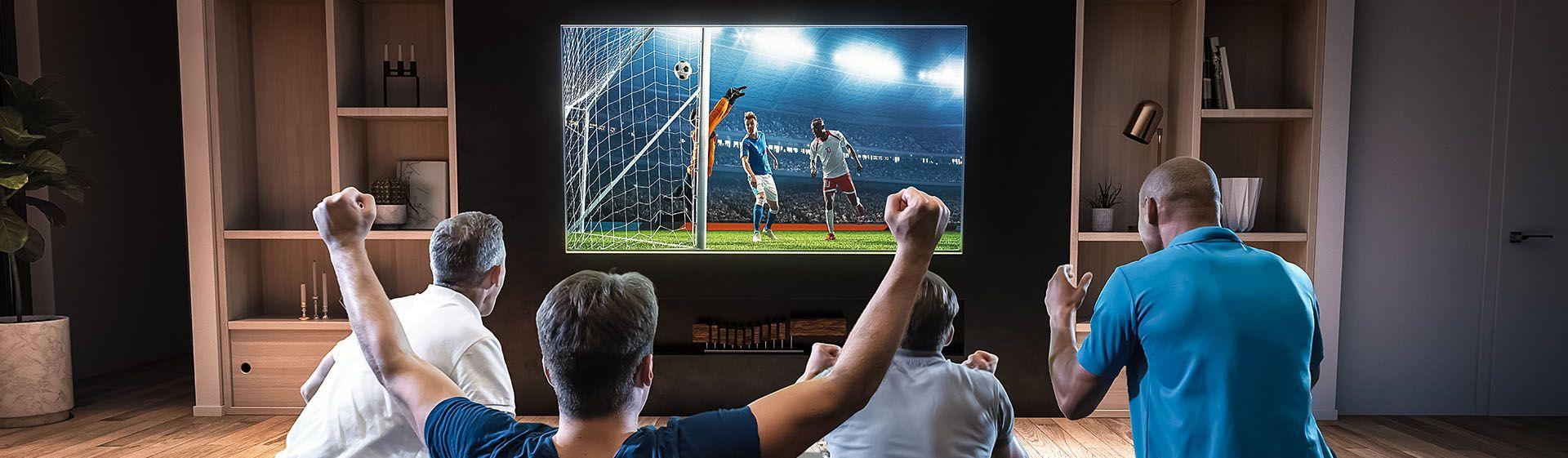 Assistir futebol em casa: TVs, caixas de som e outros para simular clima de estádio