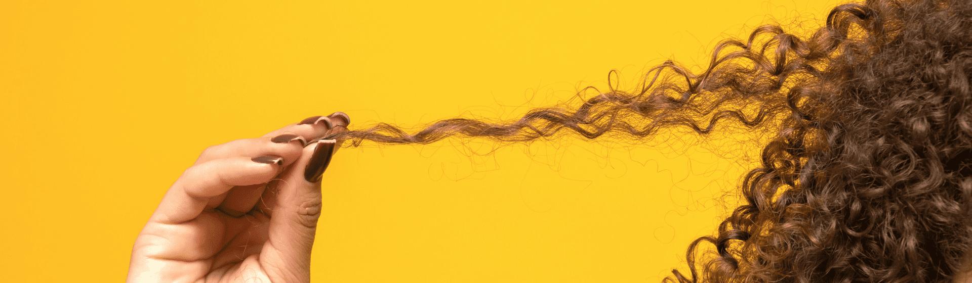 Fitagem: o que é fitagem no cabelo cacheado?