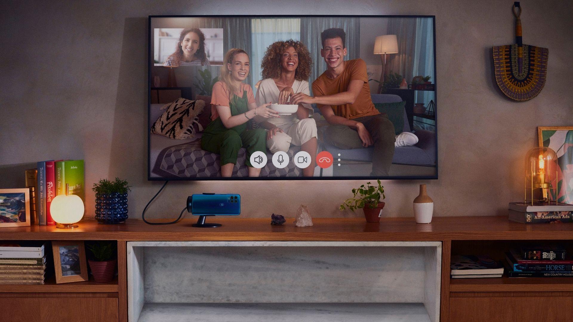 Ready For permite transmitir conteúdos do Moto G100 para telas maiores (Foto: Divulgação/Motorola)