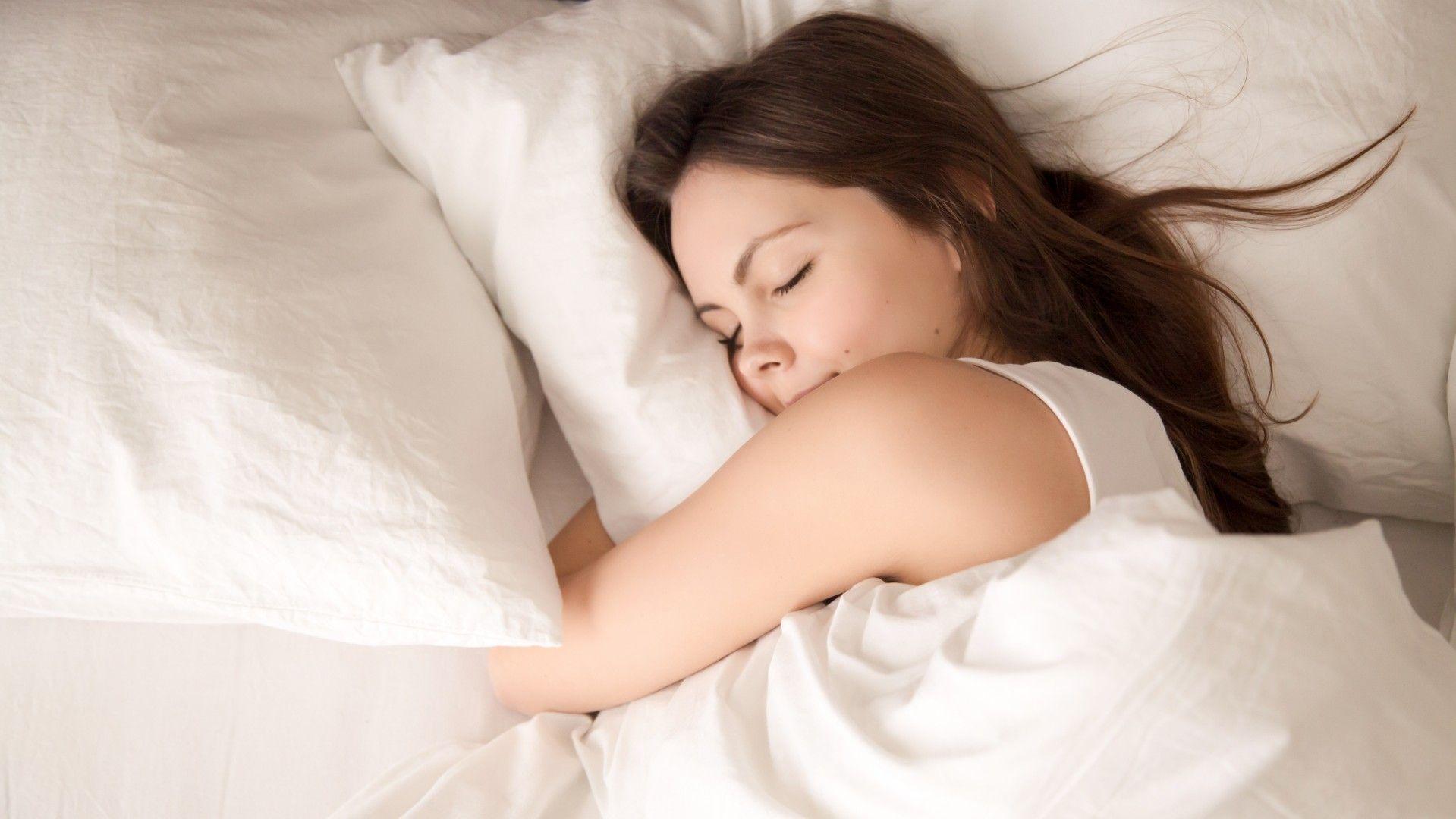 O melhor travesseiro para você pode transformar completamente a sua rotina de sono (Foto: Shutterstock)