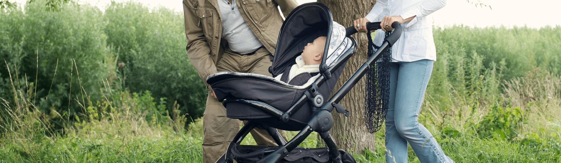 Carrinho de bebê com bebê conforto: 7 modelos para comprar