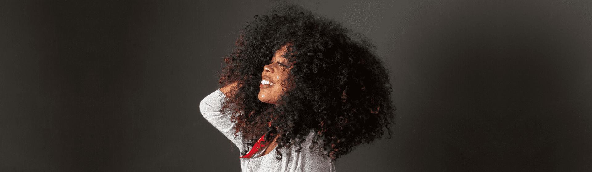 Melhor creme para cabelo cacheado de 2021: 10 opções para comprar