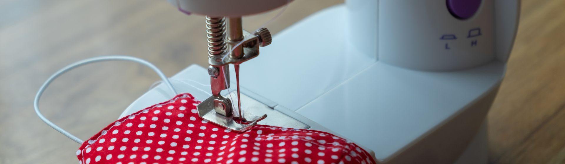 Mini máquina de costura vale a pena?