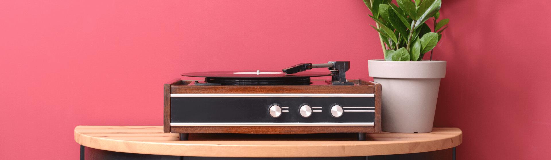 Melhores vitrolas e toca-discos de 2021: 7 modelos para comprar