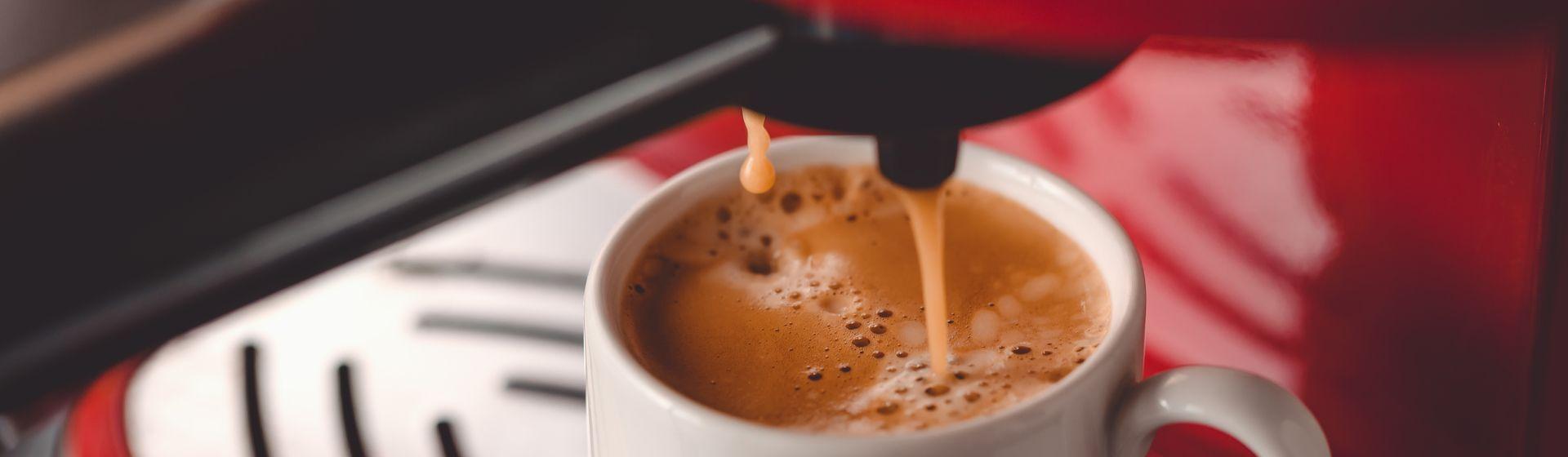 Cafeteira Três Corações Expresso Multi Bebidas Lov é boa?