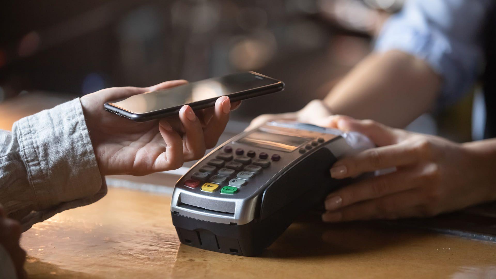 Veja quais são os melhores celulares com NFC para comprar no Brasil. (Foto: Shutterstock)