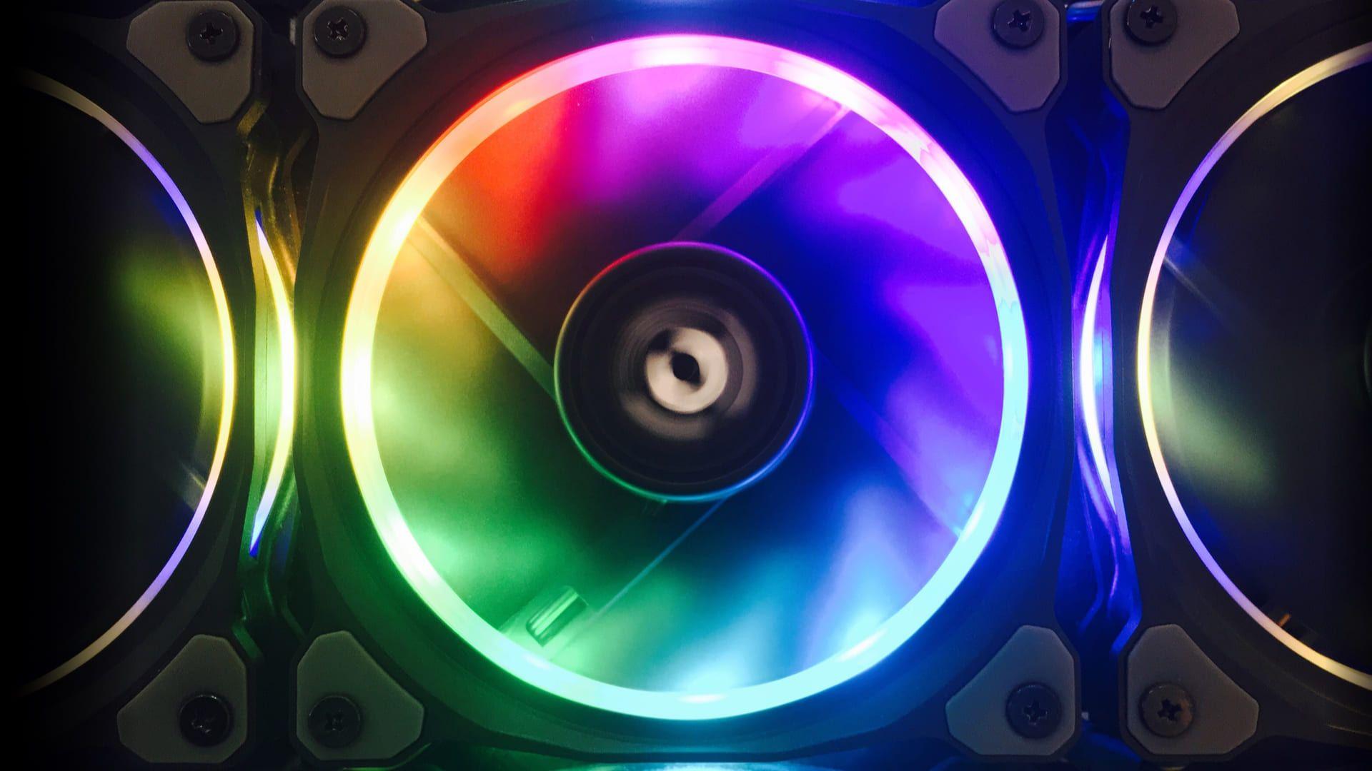 As ventoinhas são mini ventiladores instalados em seu computador (Foto: Reprodução/Shutterstock)