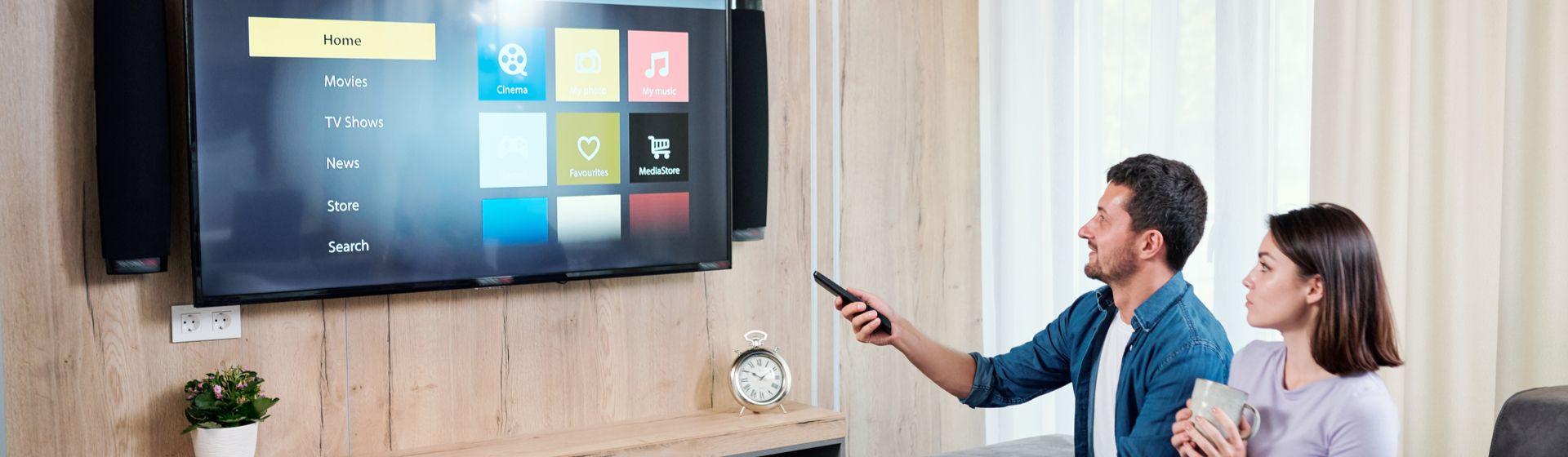 Como colocar internet na TV que não é smart?