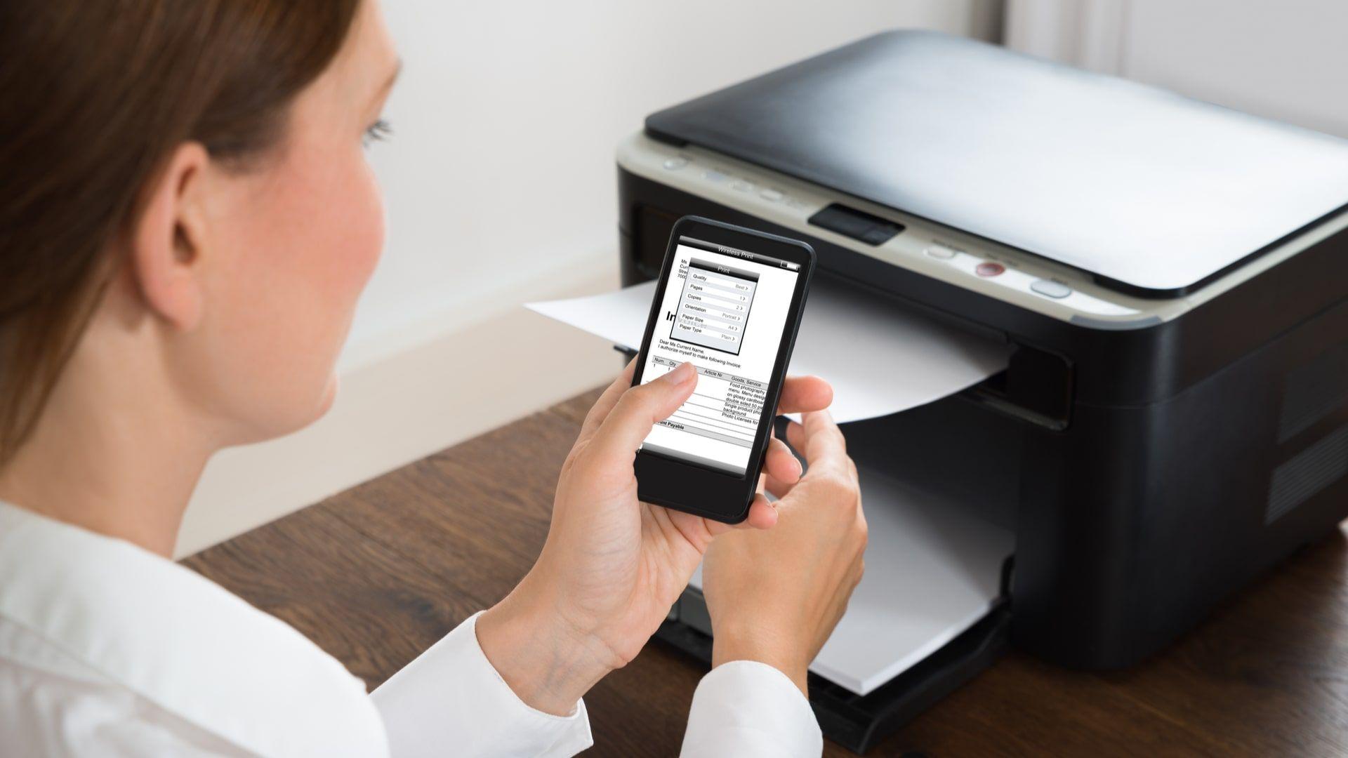 Como imprimir do celular para impressora: alguns modelos permitem fazer processo por e-mail (Foto: Shutterstock)