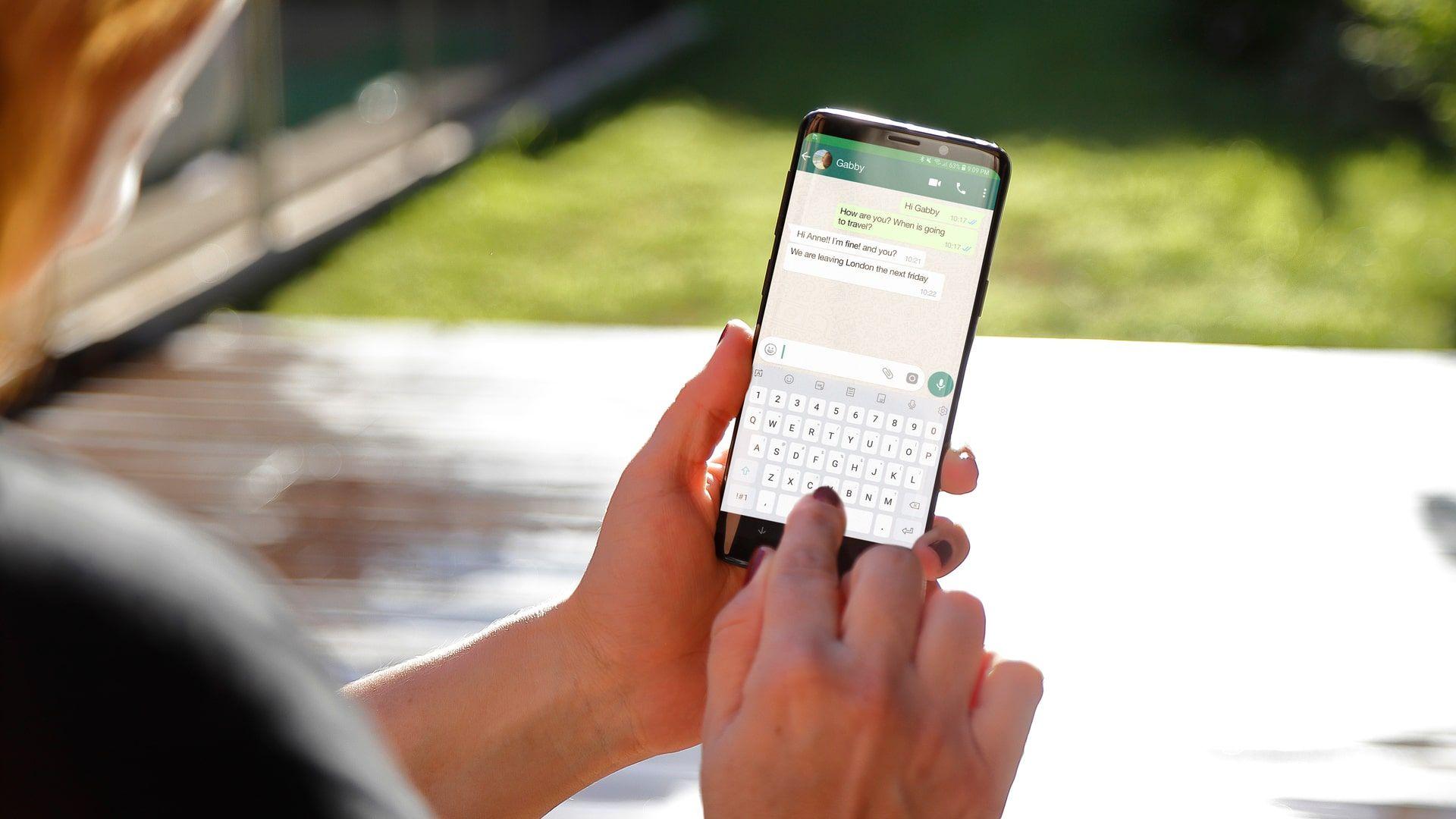 Como recuperar mensagens apagadas do WhatsApp? Apps mostram mensagens deletadas pelos contatos (Foto: Shutterstock)