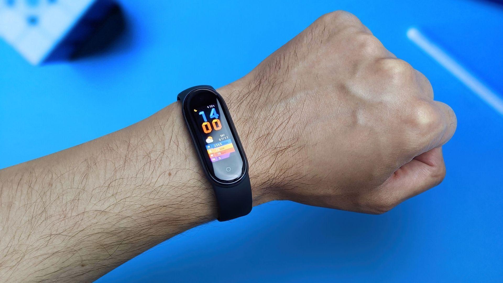 Conheça as smartbands mais vendidas em março (Foto: Mr.Mikla / Shutterstock)