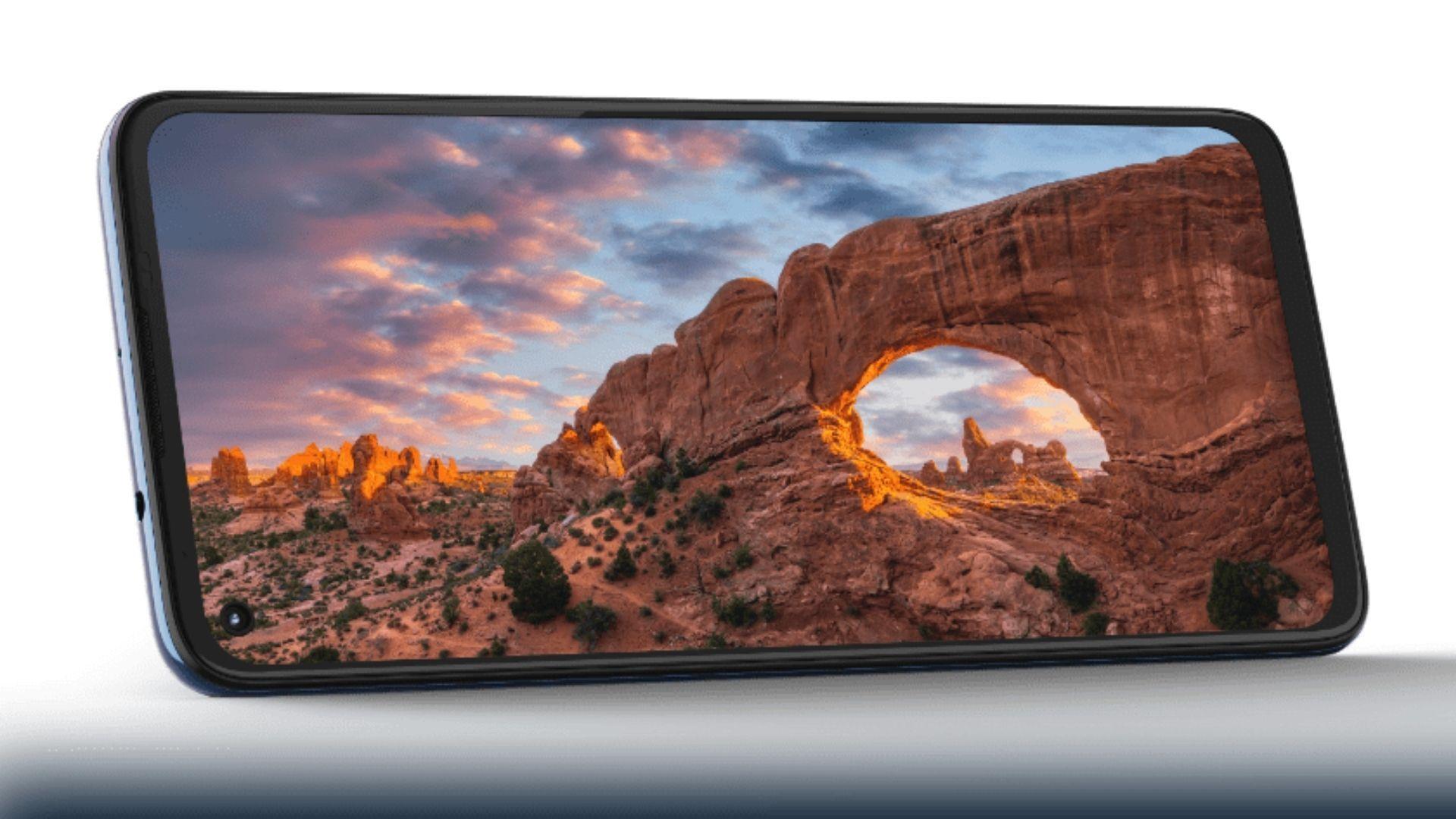 """O Moto G9 Plus possui tela Max Vision HDR10 de 6,8"""" Full HD+. (Imagem: Divulgação/Motorola)"""