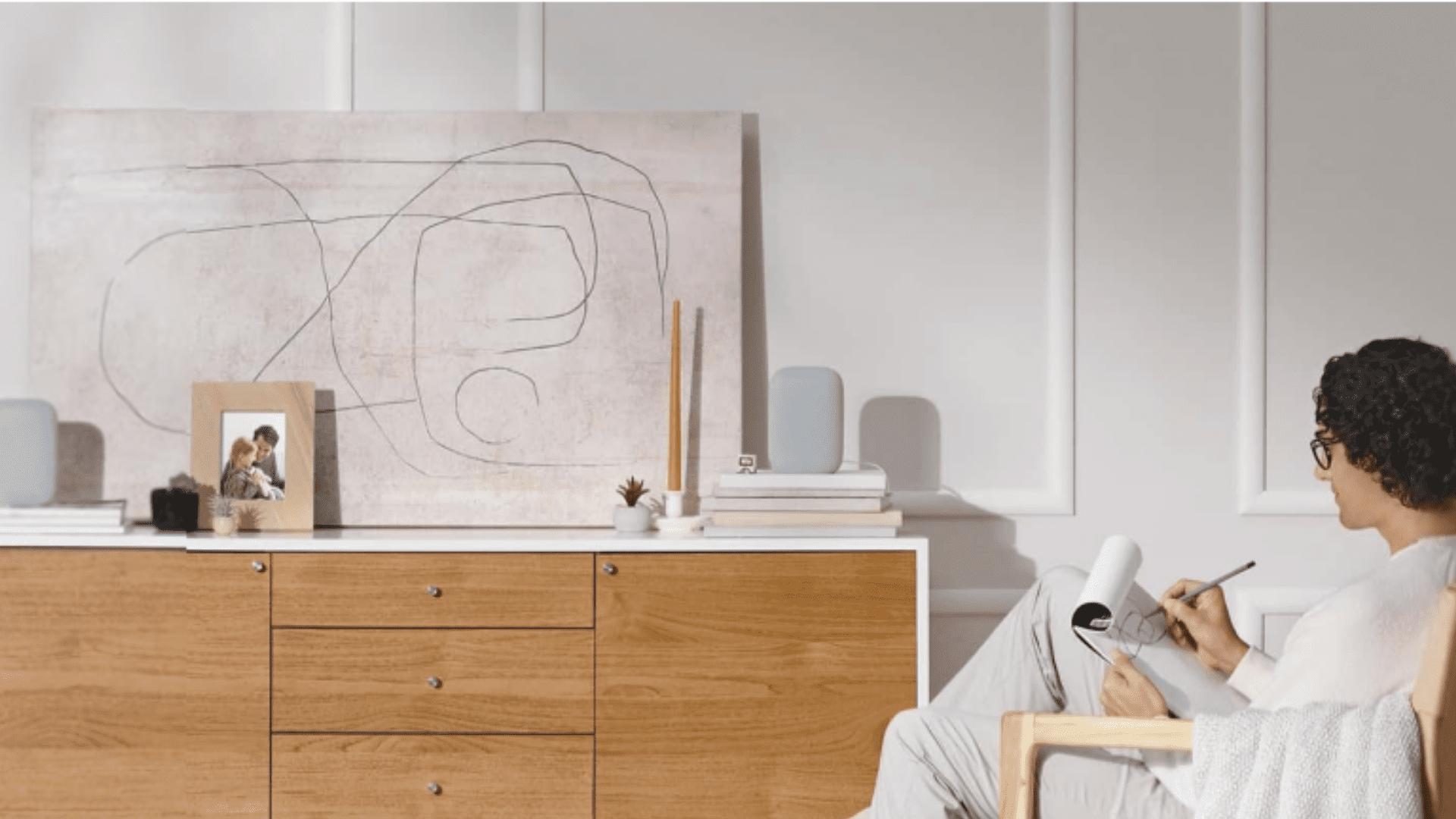 O modelo é mais potente do que o Nest Mini, o primeiro smart speaker do Google lançado no Brasil. (Imagem: Divulgação/Google)