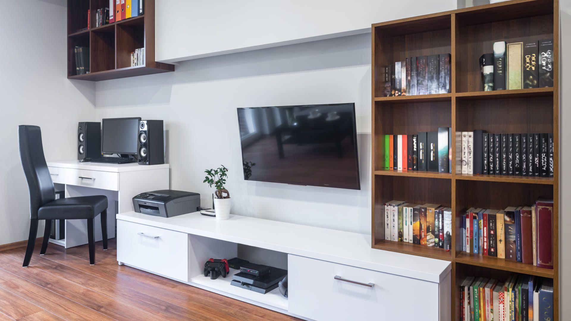 Confira os diferentes modelos e escolha o seu painel de TV! (Imagem: Reprodução/Shutterstock)