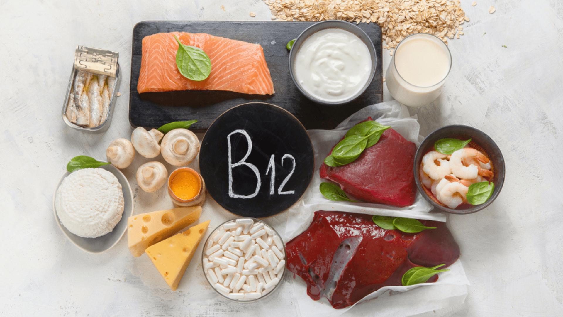 A vitamina B12 também auxilia na saúde dos neurônios e na oxigenação do corpo (Imagem: Divulgação/Shutterstock)