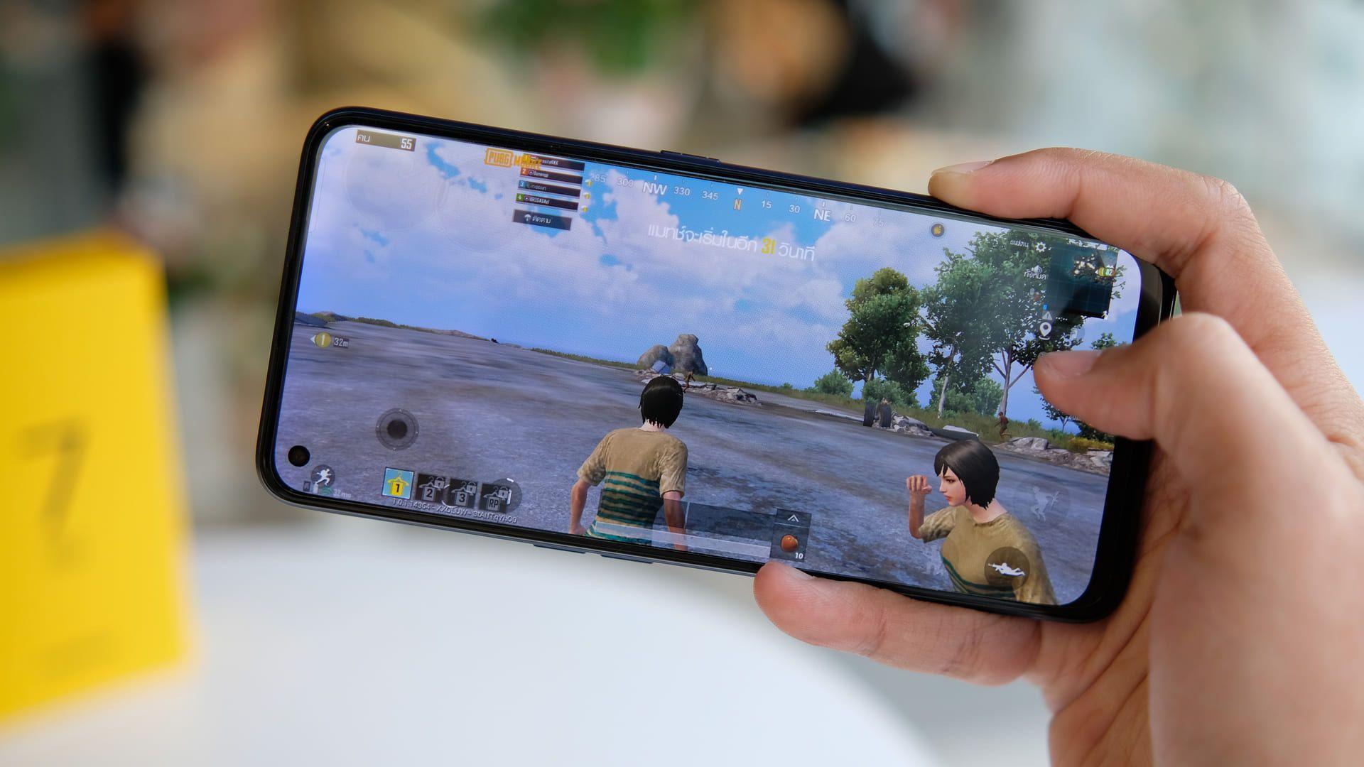 O Melhor celular para jogos é o Realme 7 5G. (Foto: Shutterstock)