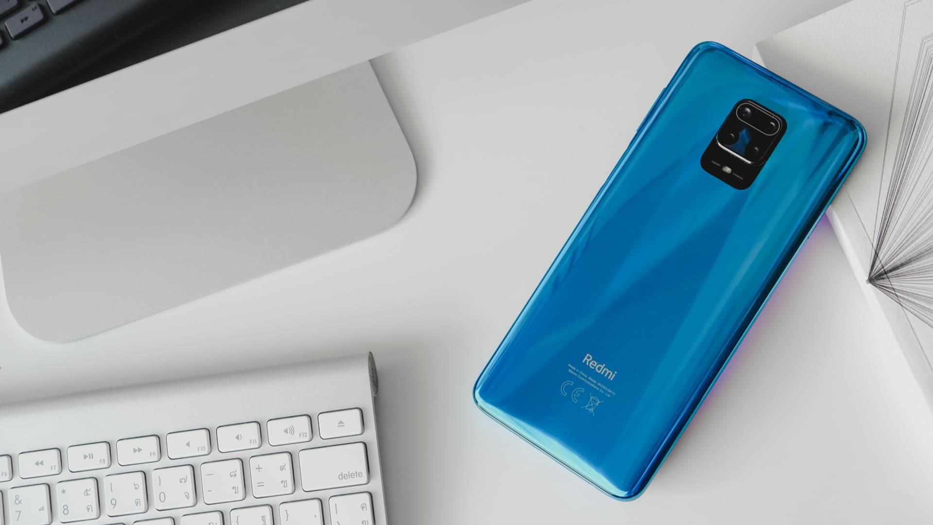 Design do Redmi Note 9. (Foto: Shutterstock)