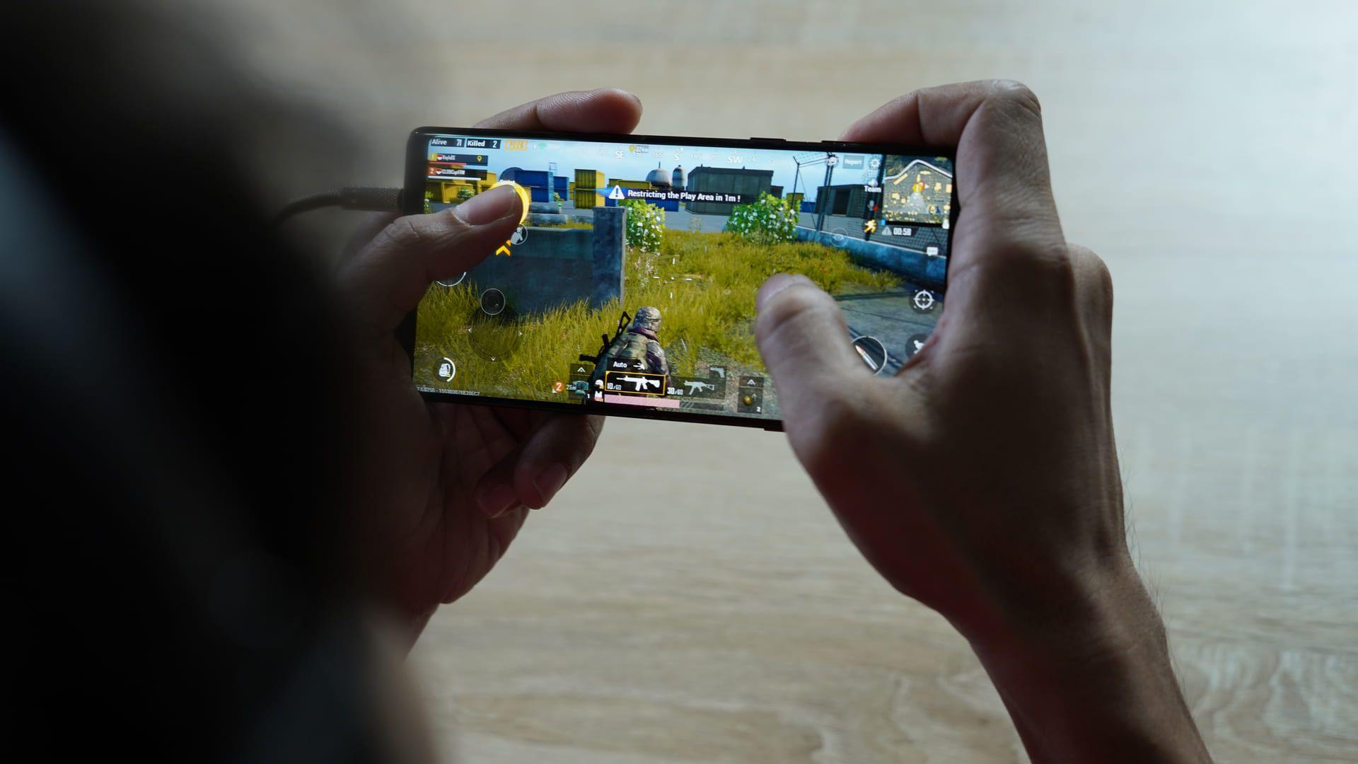 A versão mobile do PUBG é a mais lucrativa dos celulares (Foto: Reprodução/Shutterstock)