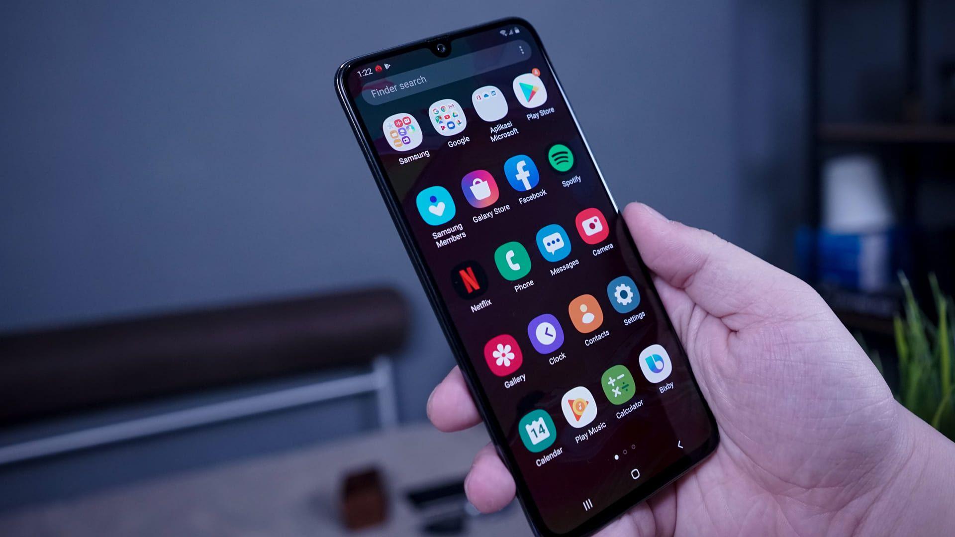 O que é melhor: iPhone ou Android? O segundo está presente em um leque de fabricantes (Foto: Lukmanazis / Shutterstock.com)